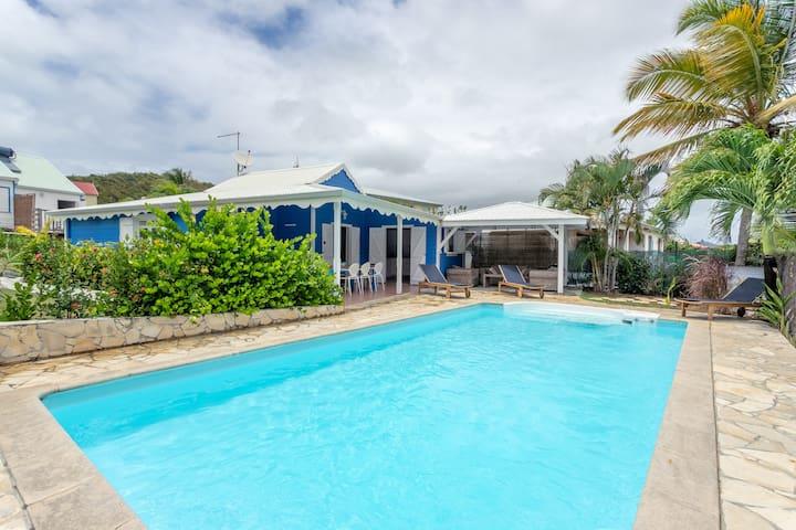 Alizé Villa créole avec sa piscine privée