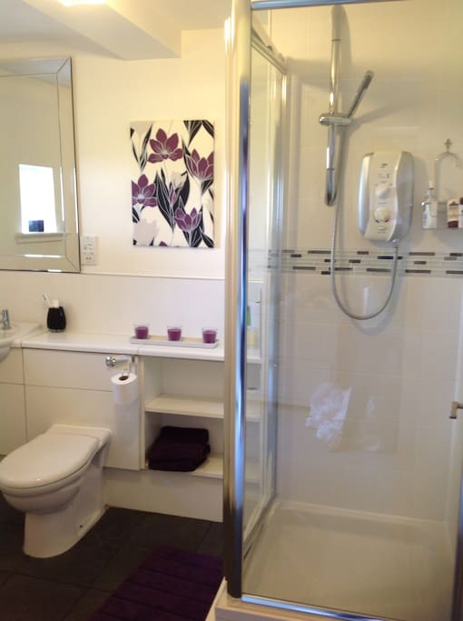 En-suite shower room. There is also a family bathroom with shower.