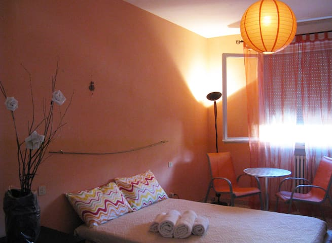 NICE APARTMENT in FLORENCE (4 bedrooms) + parking - Firenze - Flat