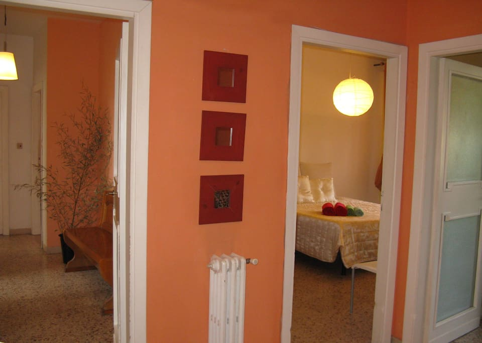 the entrance and the double room number 3