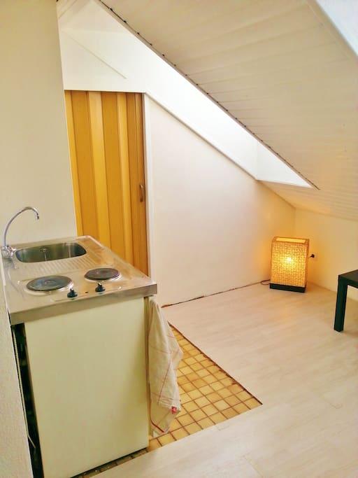 helles city appartment 3 wohnungen zur miete in. Black Bedroom Furniture Sets. Home Design Ideas