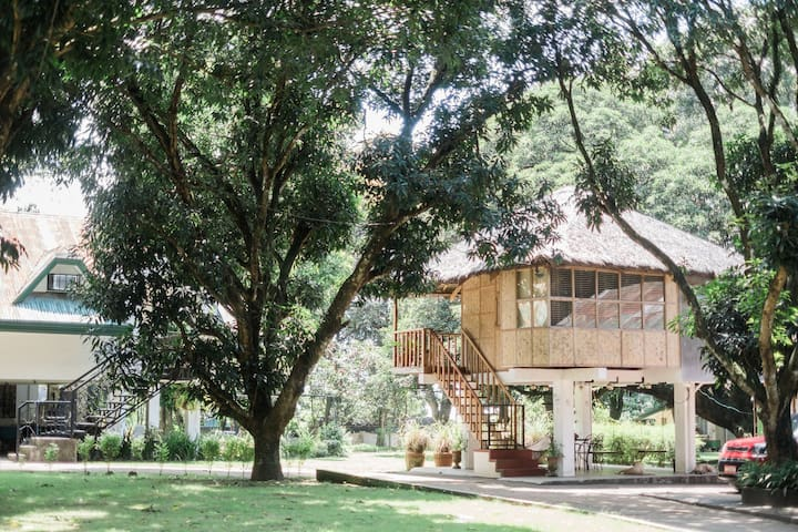 Kubo, Your Charming Modern Native House!