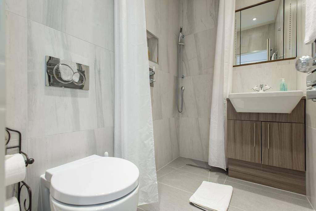 Lovely rainfall shower. Hairdryer provided for you to use!
