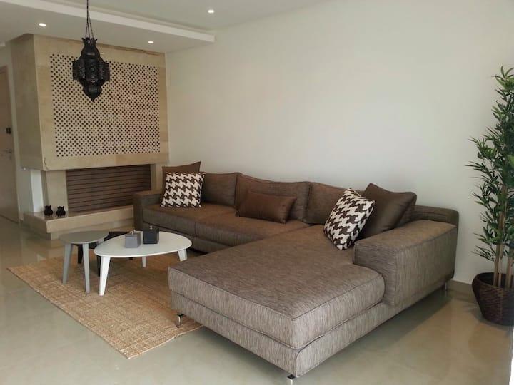 Luxurious Apartment near the beach!