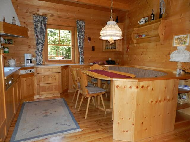 Chalet Oswald at the edge of the woods -6pax