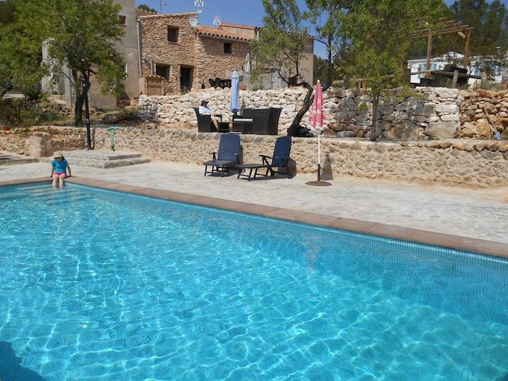 Bungalow met zwembad