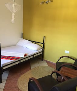 We travel Hostel - private Room - Moshi