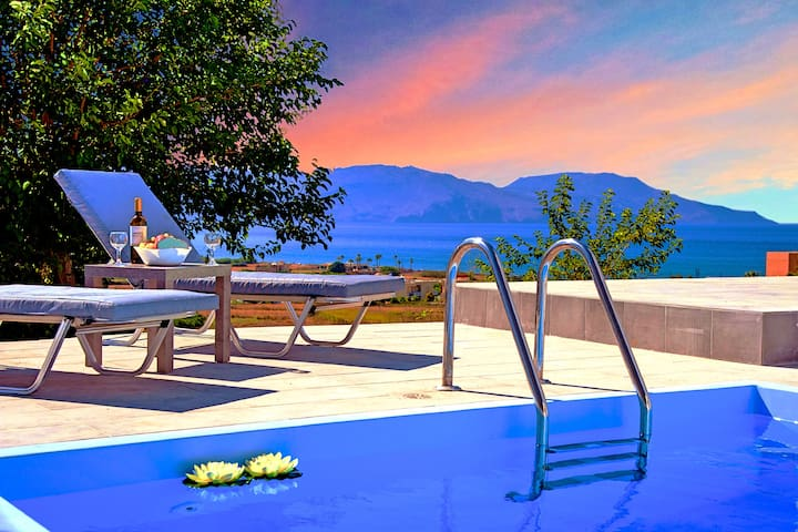Cretan Sunset Villa with Private Heated Pool