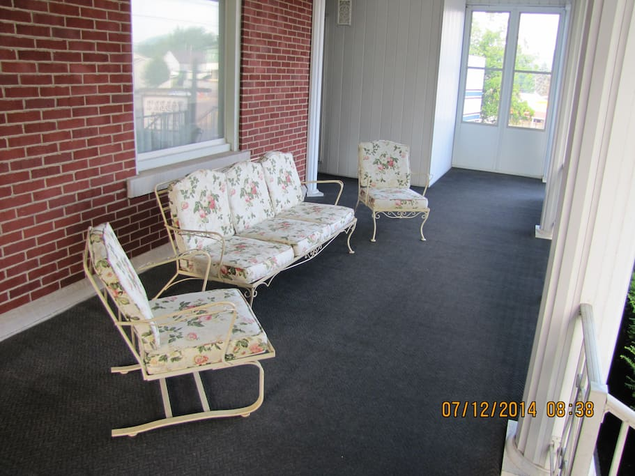 Great sitting area