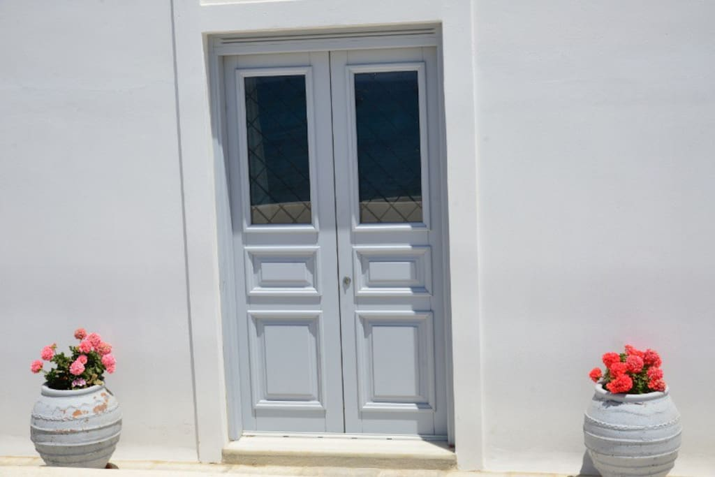 Welcome to Amorgos island and the beach apartment