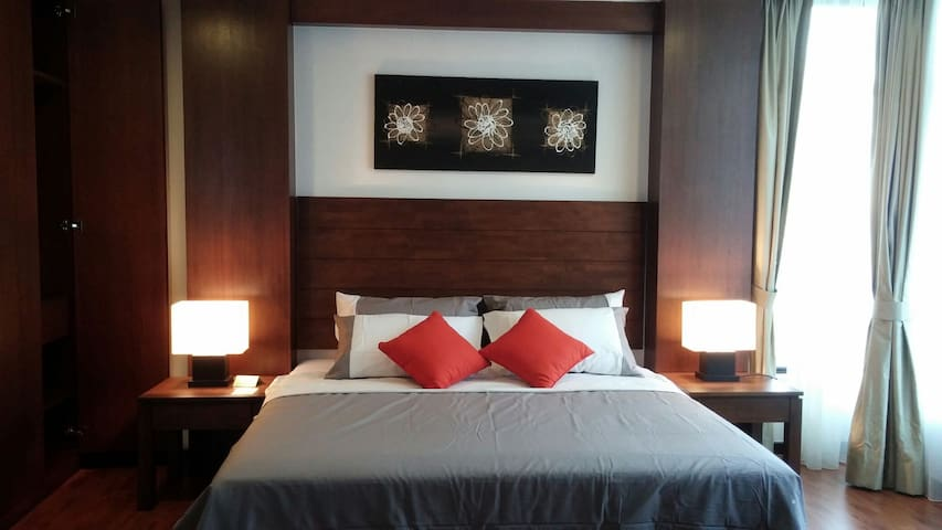 Luxury Beach Front Resort Stay - Kuantan - Appartement