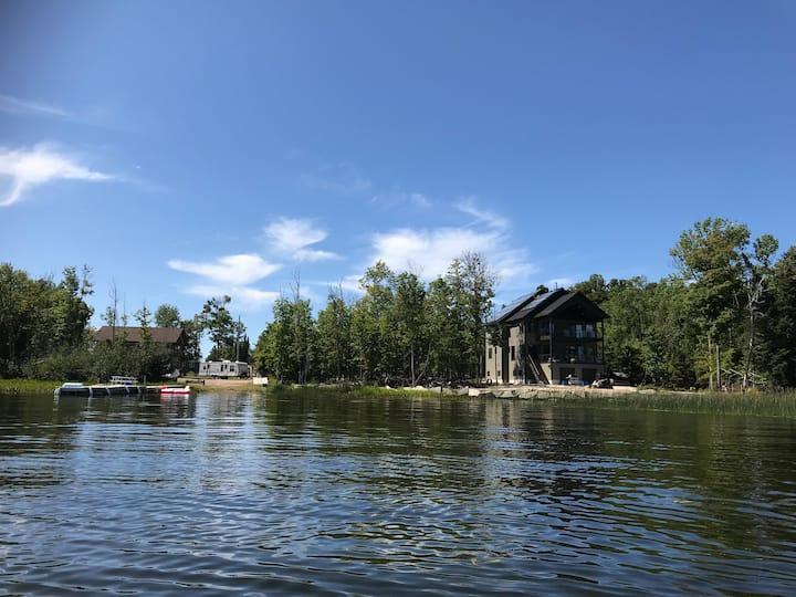 Lake House Mansion #1