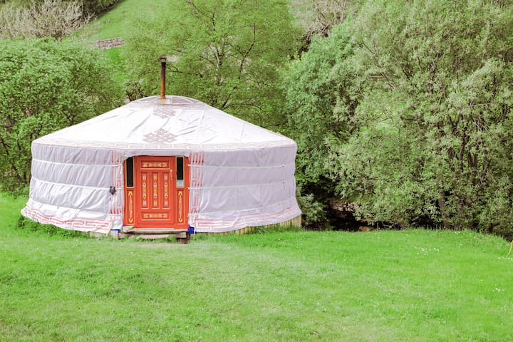 Swaledale Yurts with Waterfall & Hottub for hire