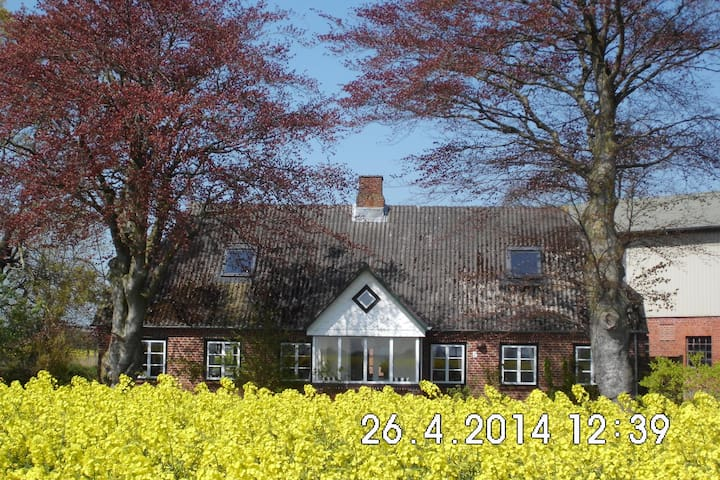 Ferienhaus auf dem Land - Stoltebüll - Rumah