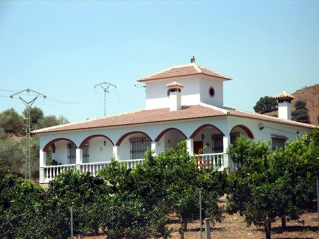 Casa Villa Morales - Romo Cuevas