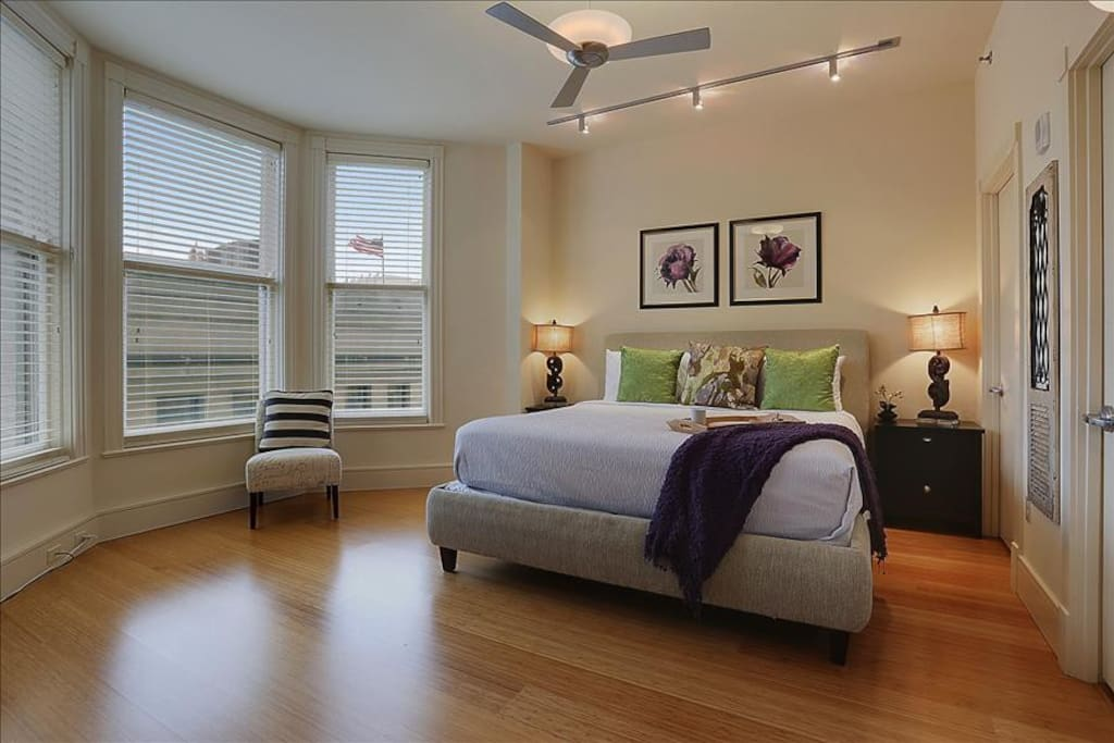 Amazing Condo With Rooftop Pool Apartments For Rent In New Orleans Louisiana United States