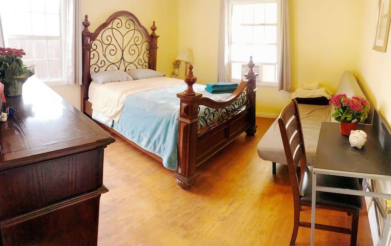 Nice room three