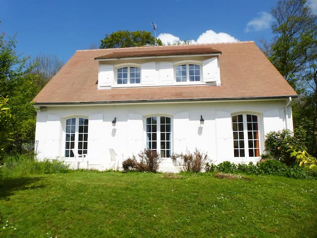 Country house 10 min away from town - Biéville-Beuville - Rumah