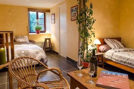 La Ferme du Bost / La Ruche - Castelnaud-la-Chapelle - ที่พักพร้อมอาหารเช้า