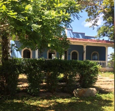 Hacienda Multunku  Casa de Campo Casa Minerva