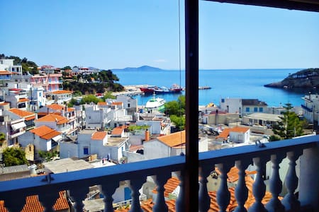 Angelos central apt#2 with sea view - Sporades - Huoneisto