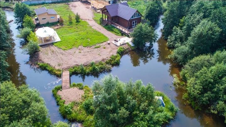 Гостевой Дом у реки с бильярдом и Русской баней!