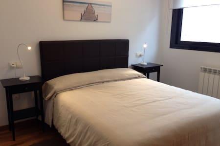Soleado apartamento. Vista Mar - Luanco - Byt