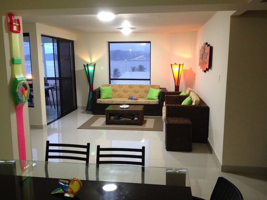 bahia de caraquez chat rooms Bahia de caraquez-living room with tv mmmweaver@gmailcom see more  find this pin and more on property for rent in ecuador by ecuador property consultants.