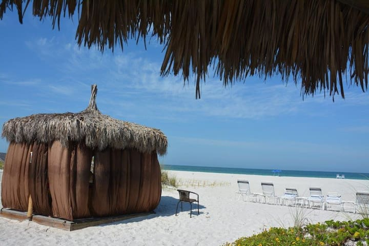 Massage on the beach, anyone?