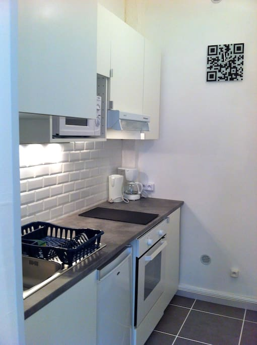 Studio meuble 20m2 avignon centre appartements louer for Location meuble avignon