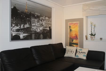Great location, Spacious Room - Odense