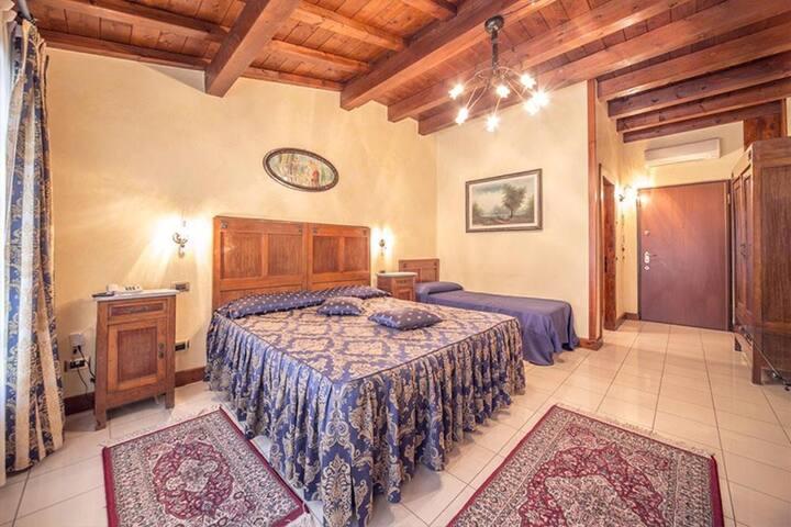 Agriturismo Montetondo - Triple Room