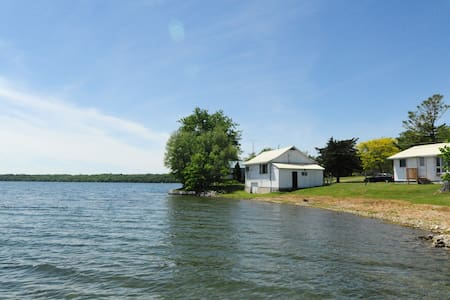 Waupoos Island View Cottages - The Amanda