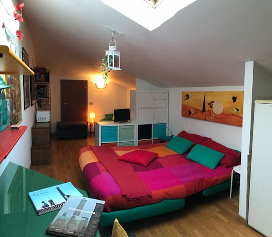 Cozy room with Private Bathroom - Bologna - Bed & Breakfast