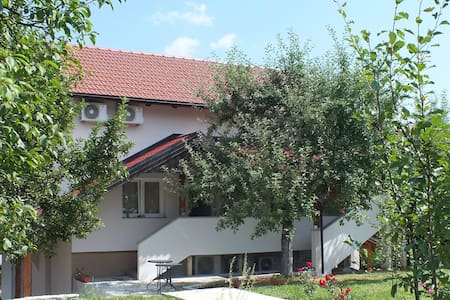 Guest house Ema - Grabovac - Guesthouse