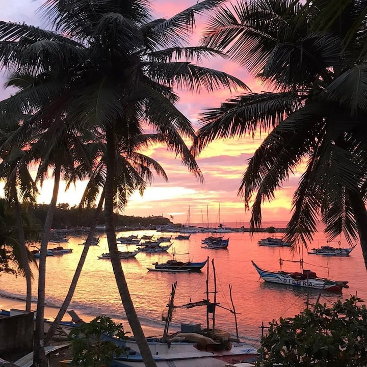 """""""Mamma Mia Mirissa"""" N6 ocean view, AC, breakfast"""