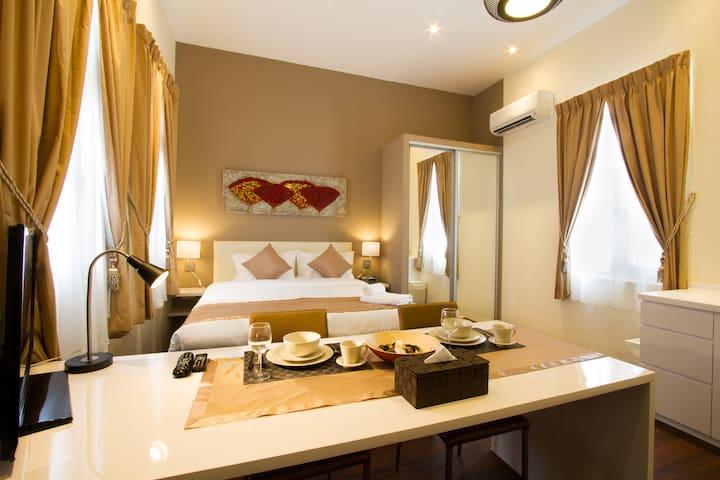 Tanjong Pagar Studio Premium Apartment