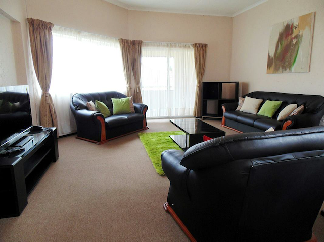 Entire 1 bed Apartment- Furnished-Bedfordview, Jhb