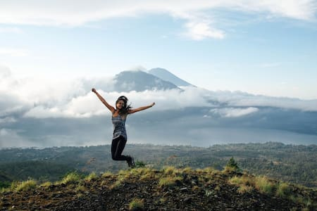 Host + Mount Batur Sunrise Trekking + Hot Springs - Kintamani
