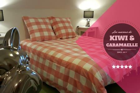 """""""Doggy Room"""" - Les Chambres de Kiwi et Caramaëlle - La Rivière-Saint-Sauveur - Haus"""
