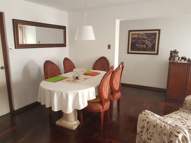 Habitación privada en Surco, tranquilo y seguro