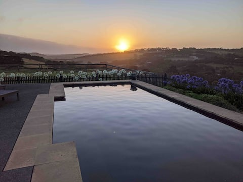 Brae Pool House (and Winter Retreat)