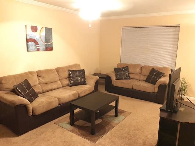 Entire comfy apartment in Houston! - Houston - Byt