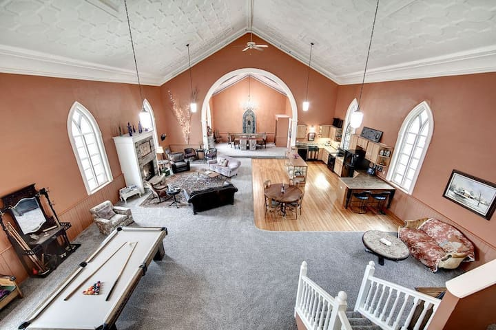 Unique - Church to Vacation Rental - Red Wing