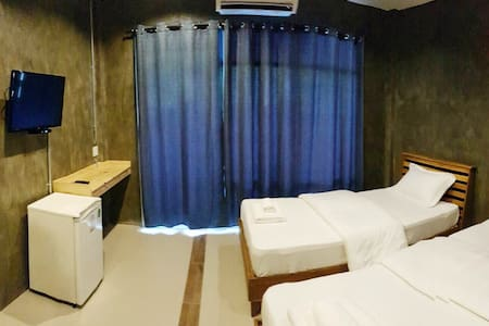 Twin Bed Cozy Room Close to Koh Tao - Amphoe Mueang Chumphon