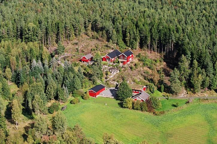 Dalen Farm Guest House - The quadruple room.