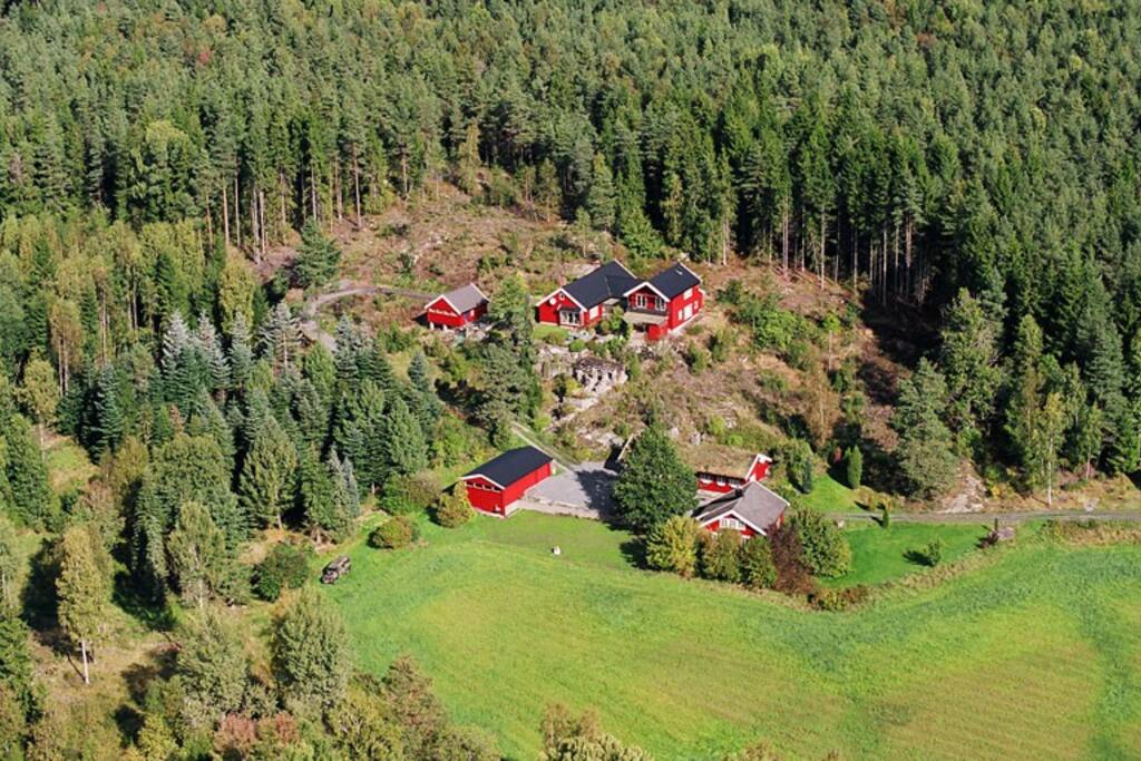The guest house on Dalen Farm in Mossemarka forest. 7kms east of Moss. 50kms south of Oslo.