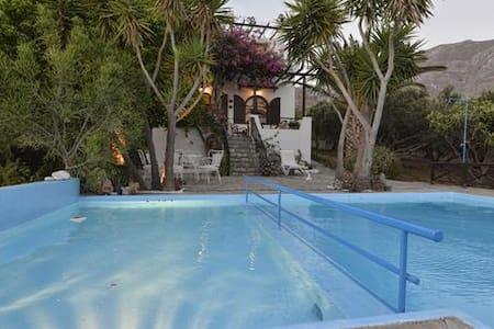 SouthCrete WaterSpiring Villa - Asomatos - Villa
