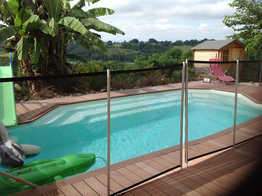 Maison jumel avec vue et piscine flats for rent in for Piscine serres castet