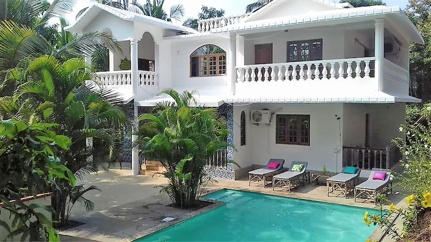 South Goa Villa with private Pool close to Beaches
